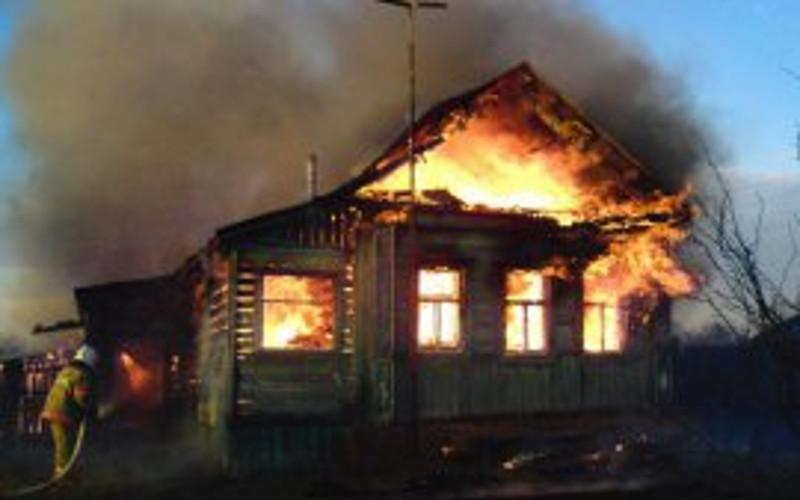 В Брянском районе в сгоревшем доме нашли труп 52-летнего мужчины