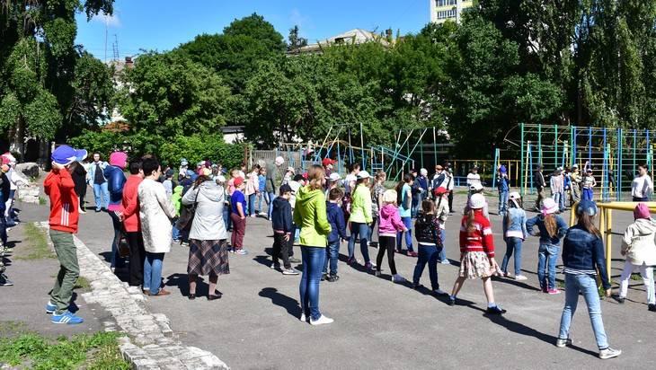 В Брянске прошел спортивно-познавательный праздник для детей