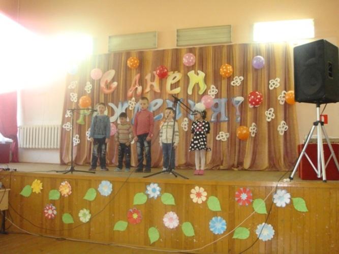 Сотрудники УФСИН порадовали детей из Жуковской школы-интерната