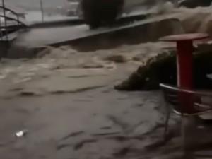 Невиданный ураган обрушился на Кисловодск