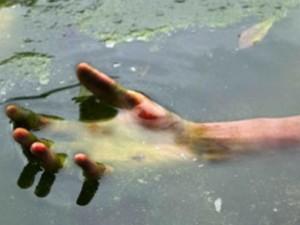 Наркоманы сорвались с моста в реку Миасс. Один насмерть