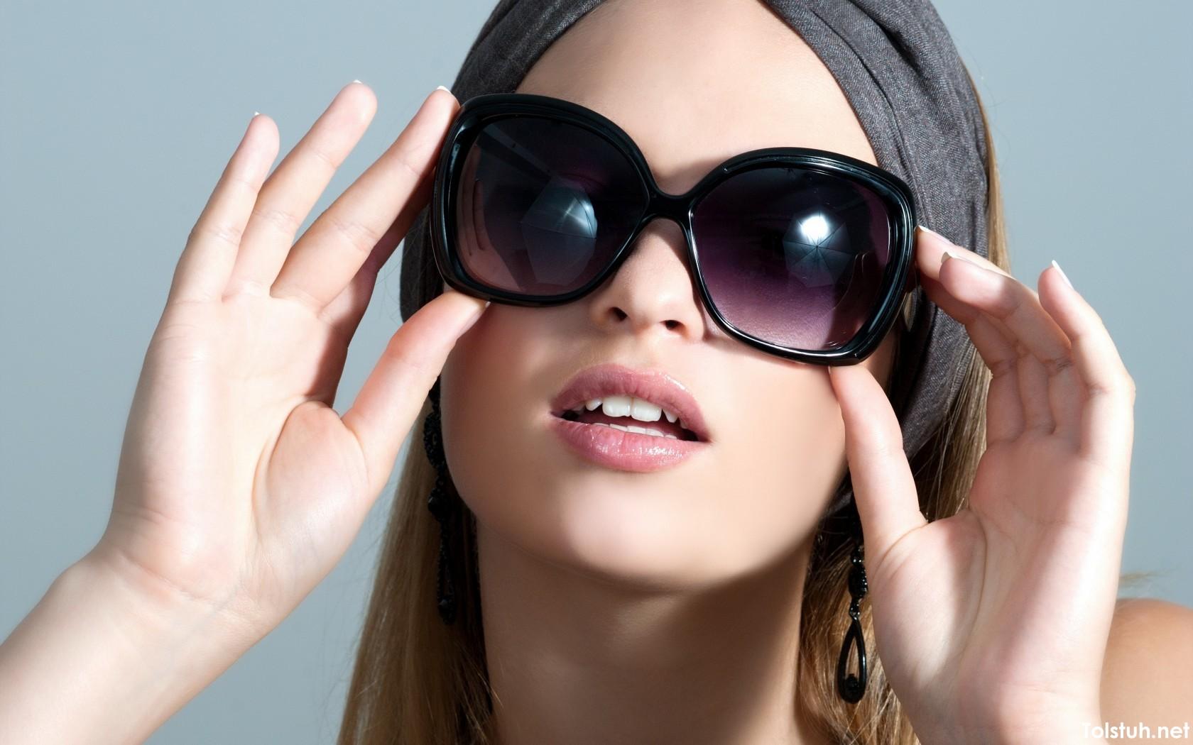 Выбор брендовых солнцезащитных очков