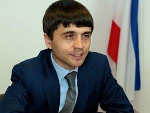 Он голосовал за повышение пенсионного возраста. Депутат Руслан Бальбек