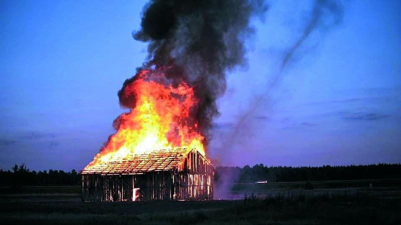 В Стародубском районе сгорел сарай