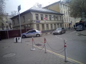 Пять бомжей прожили на крыше отдела полиции полгода