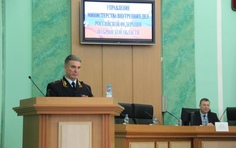 Начальник УМВД России по Брянской области Кузьмин уходит в отставку