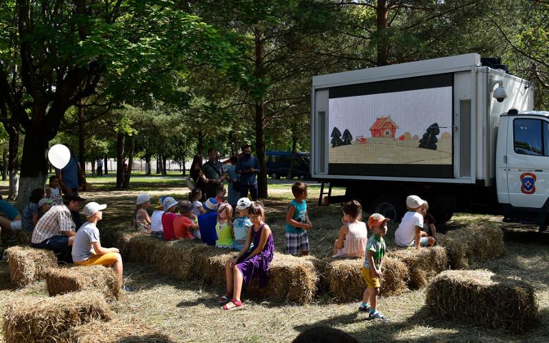 Фестиваль «Яблочный спас» в Брянске откроется показом «доброго кино»
