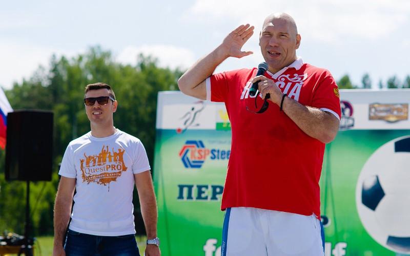 Николай Валуев поддержал брянских уличных гимнастов