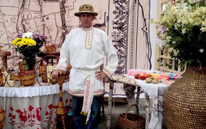 Валерий Воскобойник покажет брянцам поделки из лозы