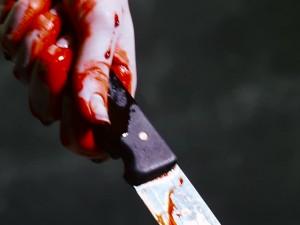 Женщина зарезала мужа, который работал сутенером