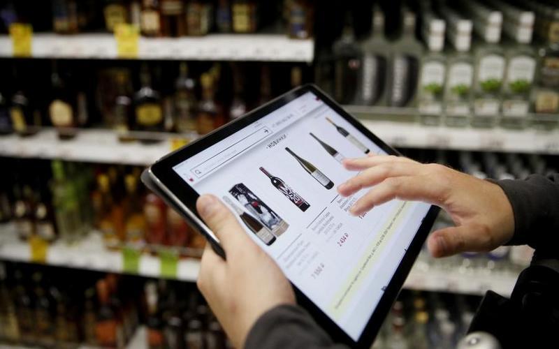 Продажу алкоголя в Интернете могут разрешить уже в следующем году