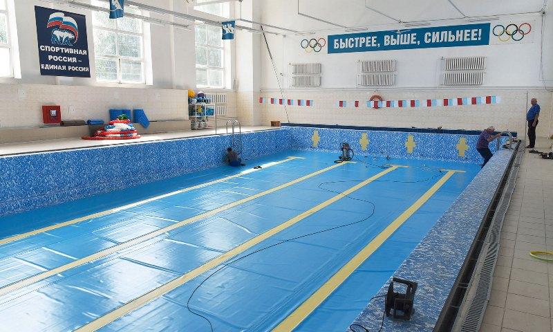 В сентябре брянцев ждет отремонтированный бассейн