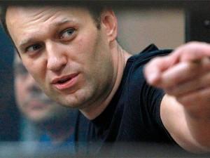 Жесткое задержание Алексея Навального. Полицейские повредили мизинец оппозиционера