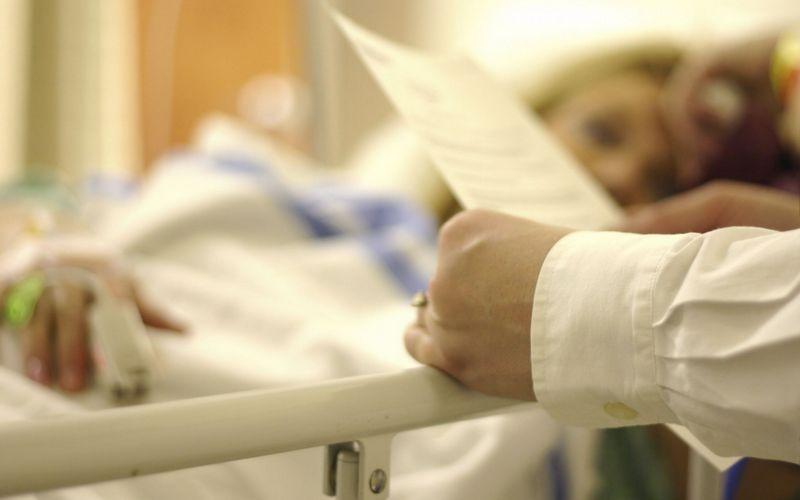 Брянские чиновники оставили онкобольную женщину без лекарства