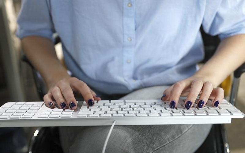 Россияне засыпали Роскомнадзор жалобами наИнтернет