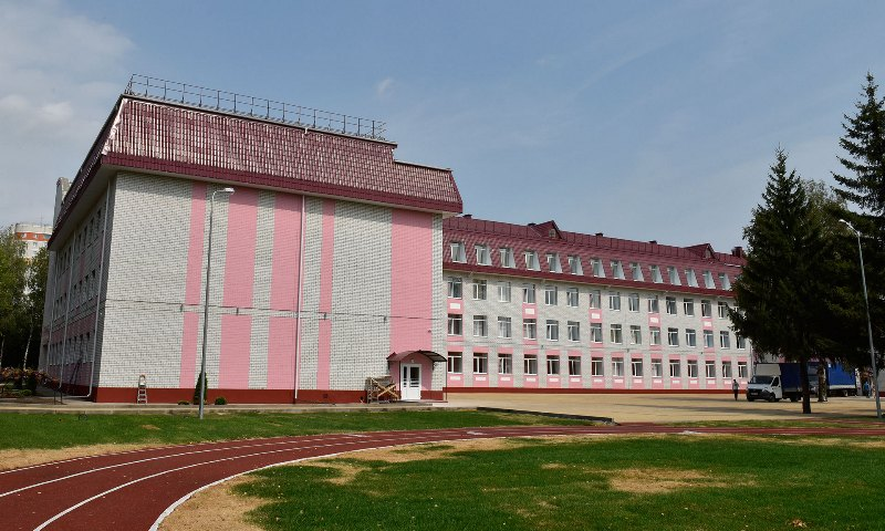 В Брянске завершается строительство пристройки к школе №59