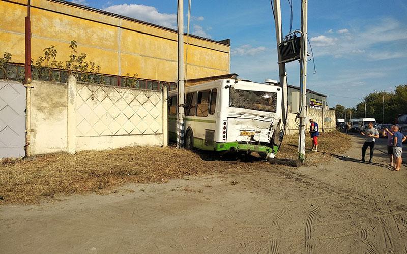 ВБрянске стали известны подробности ДТП сдвумя автобусами