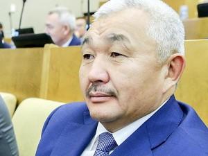 Он голосовал за повышение пенсионного возраста. Депутат Родион Букачаков
