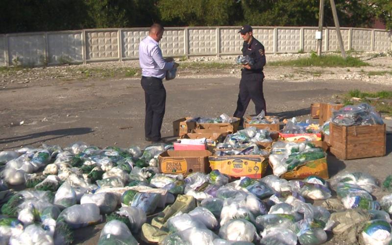 Брянские полицейские нашли у браконьера 45 километров рыболовных сетей
