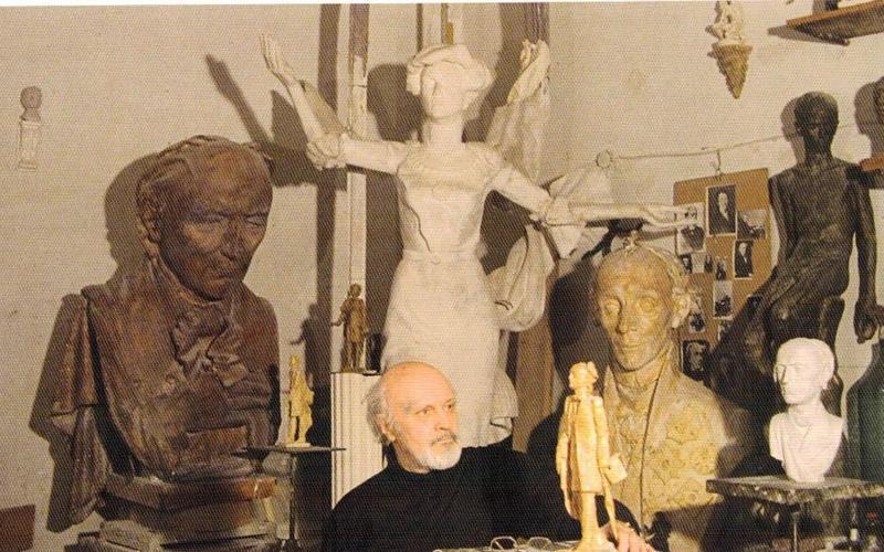 Ушел из жизни брянский скульптор Алексей Кобилинец