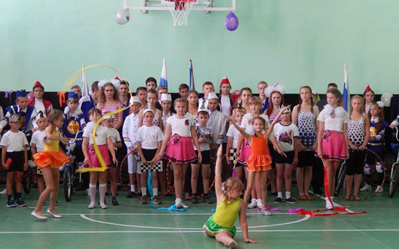 Вбрянских школах открыли четыре новых спортзала