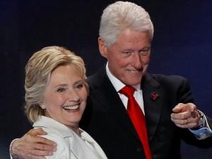 Бомба для экс-президента и его супруги найдена в США