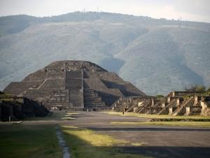 «Дорогу мертвых» нашли под пирамидой ацтеков