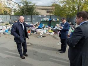 Стратегия Бориса Дубровского одобрена. Осталось вывезти мусор и найти 7,5 триллионов рублей