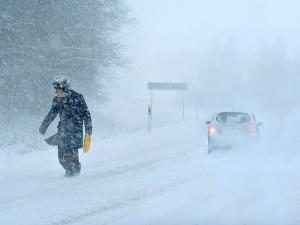 МЧС призывает челябинских водителей  подготовиться к снежному шторму