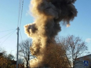 Взрыв пиротехники обрушил «Арсенал» в Гатчине, под завалами находятся люди