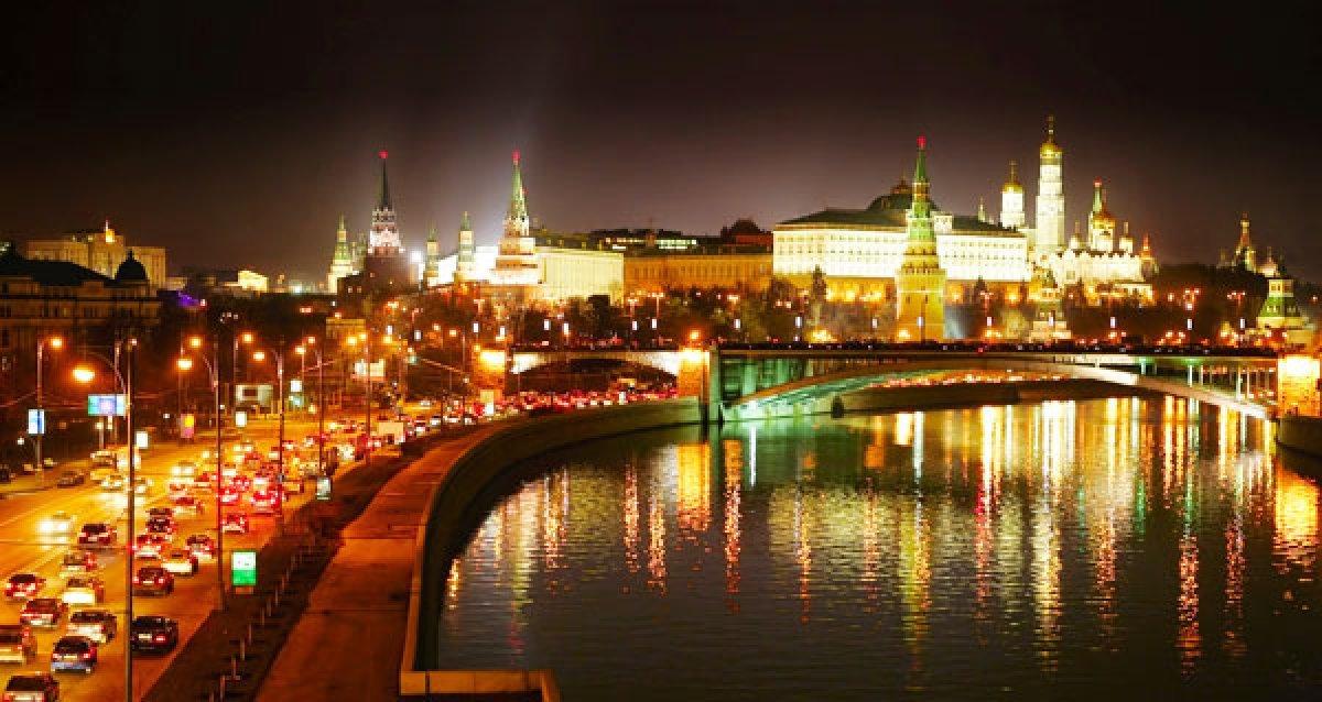Ночные экскурсии по столице России