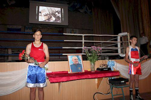 В Карачеве прошел традиционный турнир по боксу