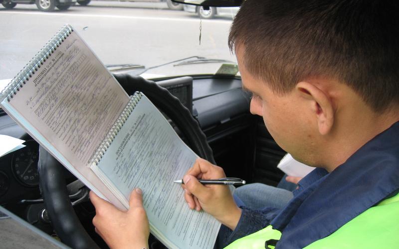 Госавтоинспекция завалила работой службу судебных приставов
