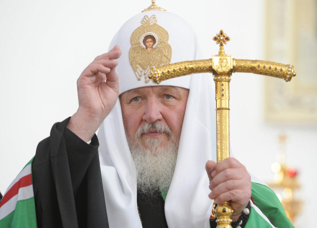 Патриарх назвал причину жестокости в школах