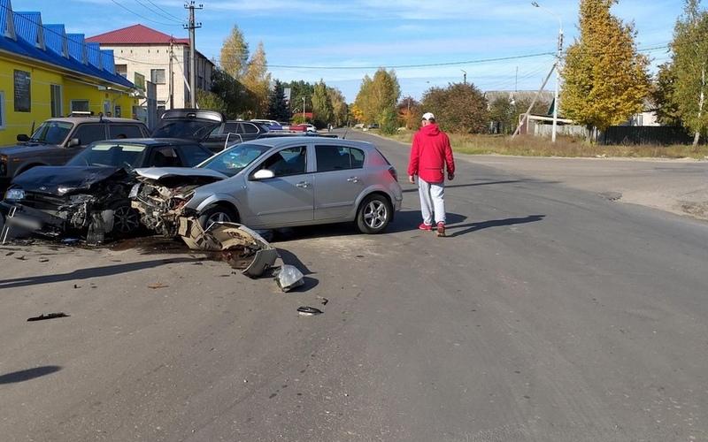 В ДТП в Клинцах пострадал 25-летний водитель
