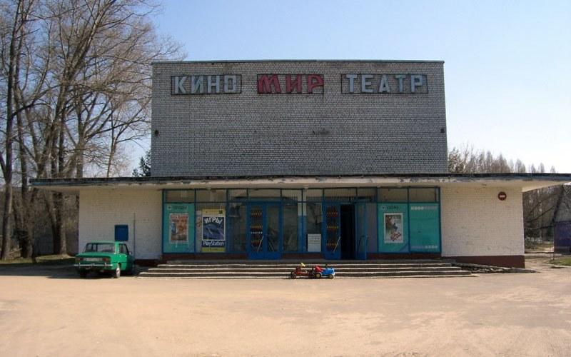 В Унечском районе ремонтируют Дом культуры