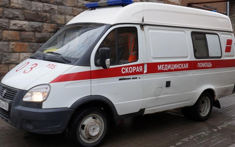 ВБрянске после ДТП Niva влетела вжилой дом