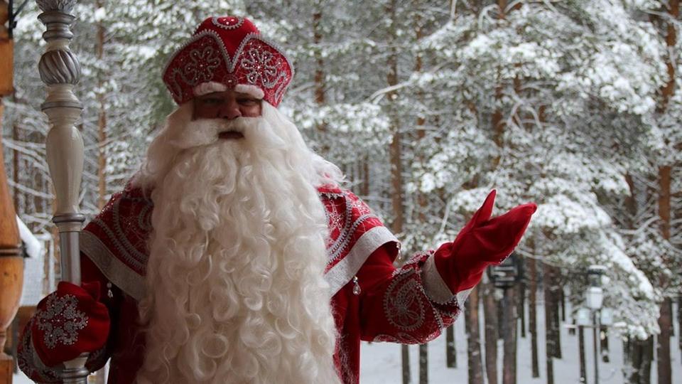 Брянские дети поздравили с днем рождения Деда Мороза