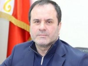 Он голосовал за повышение пенсионного возраста. Депутат Ахмед Догаев