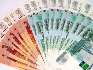 Российским железнодорожникам снова повысили зарплату