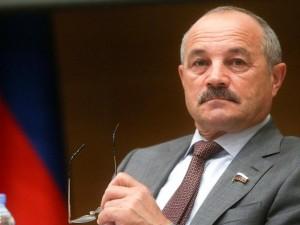 Он голосовал за повышение пенсионного возраста. Депутат Николай Говорин