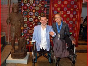 «Ник Вуйчич» из Белоруссии. Лишившись ног и рук, он обрел семью и троих детей