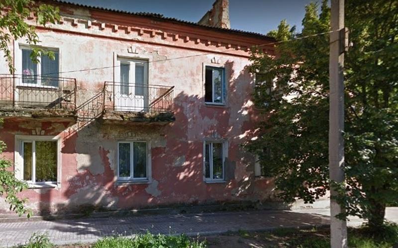 В центре Клинцов рухнул двухэтажный дом