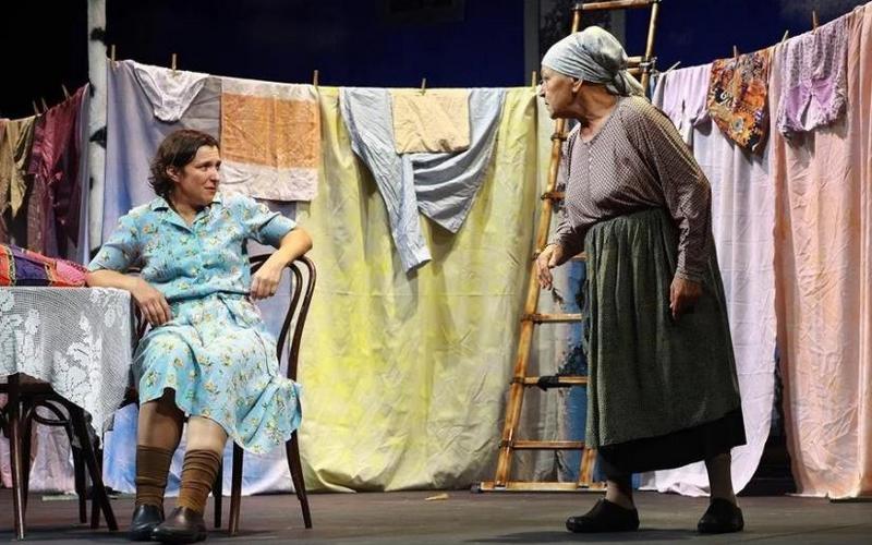 Столичные артисты покажут в Брянске спектакль «Любовь и Голуби»
