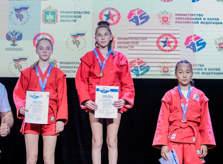 Брянская восьмиклассница выиграла