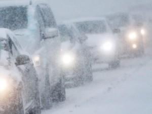 Циклон несет Южному Уралу обильный снегопад