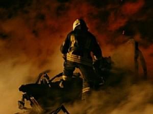 «Дышать невозможно» - паника в соцсети из-за пожара на нефтяном заводе под Москвой