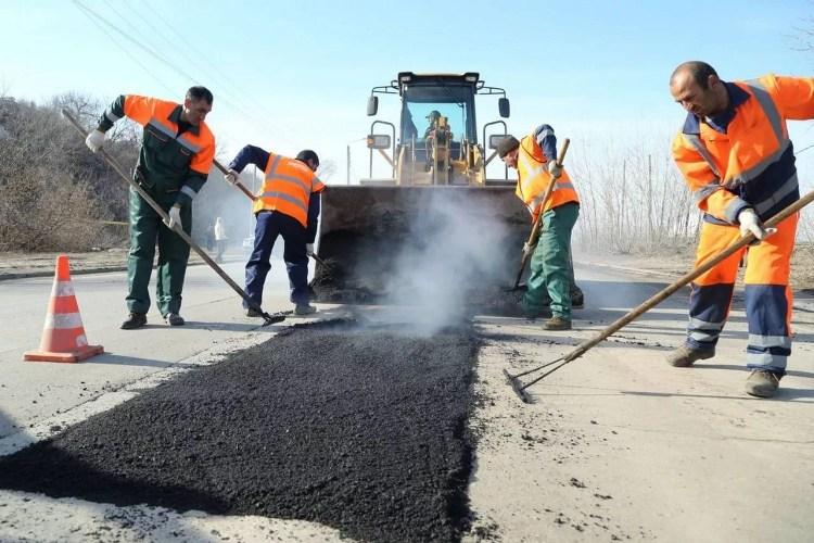 В Брянске отремонтируют 48 километров дорог