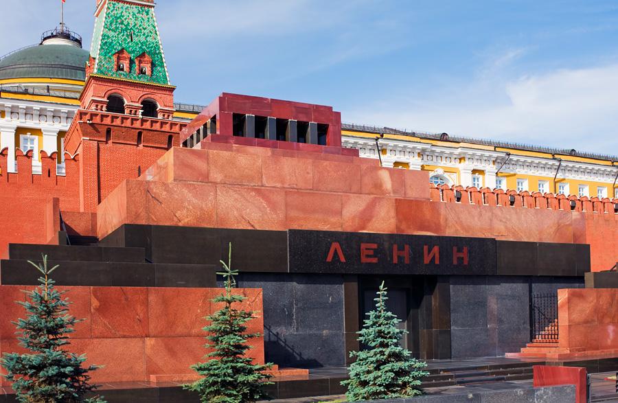 Зюганов разозлился на предложение захоронить тело Ленина