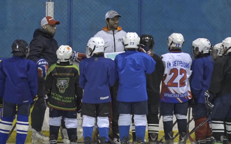 Персональный тренер игроков НХЛ и КХЛ Артем Оленев дал мастер-класс в Брянске